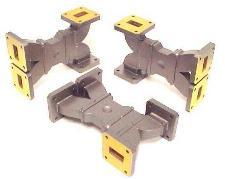 Short Slot Hybrid Combiner / Divider